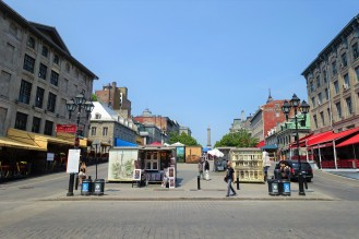 Old Montreal, awaiting tourists!