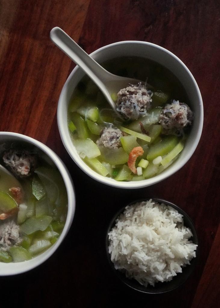 Canh Bi - Fuzzy Melon Soup with Shrimp & Pork Balls